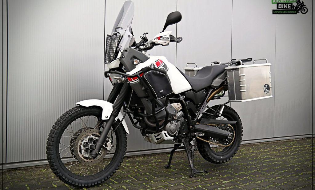 Yamaha Tenere klaar gemaakt met uitrusting voor een reis naar Zuid Afrika